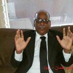 """الاقتصادي أ.أبو بكر علي عثمان """" * """" لزينا : عملت في وزارة المالية قسم إعداد الميزانية وهذه شهادتي."""