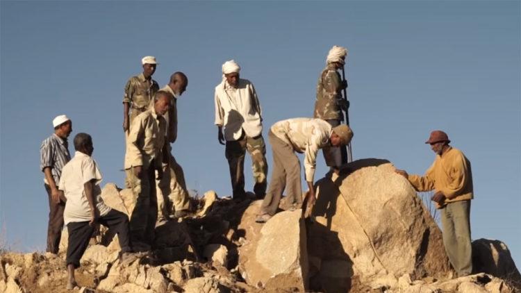 التجنيد الإجباري في إريتريا: سُخرة مدى الحياة.. أ.عبد القادر محمد علي – نقلًا عن (إضاءات)