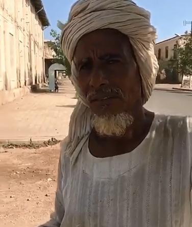 سائح سعودي  ينقل بالفيديو : مصوع شبه مهجورة وسكان أرتريا الآن نصارى في غالبيتهم بسبب هجرة سواد  المسلمين .