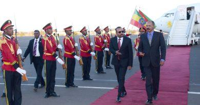 رئيس وزراء إثيوبيا يصل أسمرا ..هل تنمو العلاقة بين البلدين عام 2020م  أفضل مما كانت عليه عام 2019م