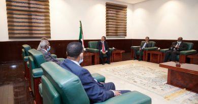 رسالة من أفورقي إلى  الخرطوم يحملها وزير خارجيته عثمان والمستشار يماني قبرآب